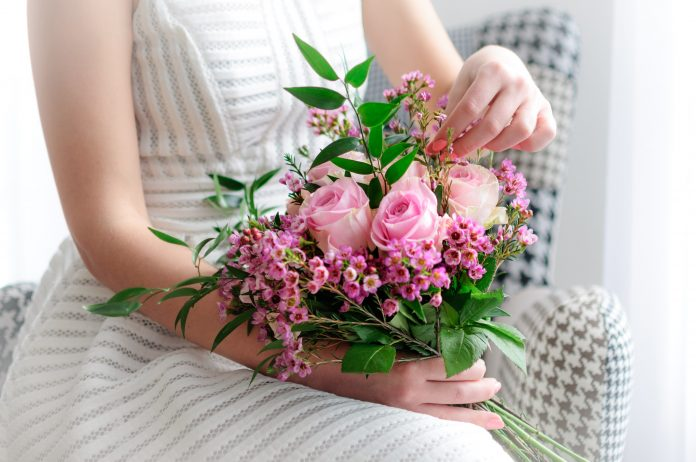 5 Unique Ideas to Buy Online Birthday Flowers For Your Husband